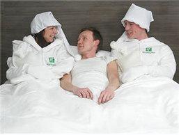 โรงแรมดังให้บริการทำเตียงอุ่นด้วยพนักงาน