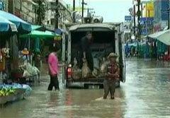 ปภ.จัดเจ้าหน้าที่ไกล่เกลี่ยประชาชน วิวาทจากน้ำท่วม