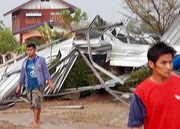 พิจิตรเร่งช่วยผู้ได้รับผลกระทบจากพายุฝน