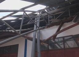 พายุฤดูร้อนถล่มสุโขทัยหลายหมู่บ้านพังเสียหาย