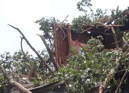 พายุกระหน่ำโคราชเดือนร้อนเกือบ2พันครัวเรือน