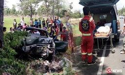 ยายตาย 4 ศพ รถหลับในคว่ำกลางทาง เด็กรอดปาฏิหาริย์