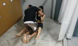 เปิดคลิปการป้องกันตัวของผู้หญิง เมื่อคนร้ายบุกปล้ำหมายข่มขืน