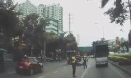 สั่งหาความจริง คลิปฉาวตำรวจตบหัว จยย.ล้มกลางถนน