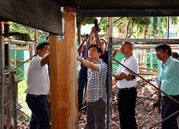 สั่งเปลี่ยนเสาไม้3ต้นบูรณะวัดใหญ่สุวรรณาราม