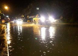 ฝนถล่มเมืองอุดรฯน้ำท่วมรอการระบายบางจุด