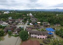 ตัวเมืองคอนน้ำยังท่วมสูงกว่า2ม.รฟ.ใต้อัมพาต