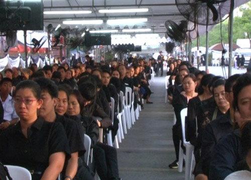 ปชช.กราบพระบรมศพต่อเนื่อง-168วันกว่า6.2ล้านคน