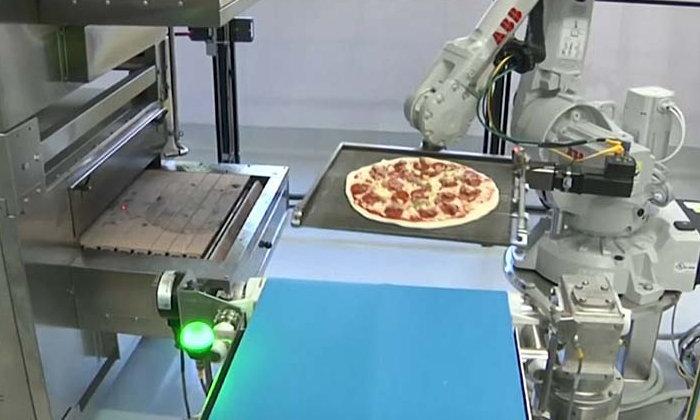 เนียนดั่งเชฟตัวจริง หุ่นยนต์ช่วยทำพิซซ่าสุดล้ำ
