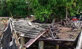 ชุมพร-พายุถล่มท่าเรือเกาะพิทักษ์แหล่งเที่ยวดัง