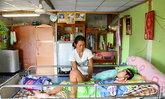 วอนช่วยหญิงพิการจากอุบัติเหตุที่จ.อ่างทอง