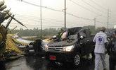 พายุพัดถล่มท่าวุ้งลพบุรีป้ายพังทับรถตาย1เจ็บ4