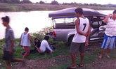รถรับ-ส่งพนง.ชนกระบะที่ลพบุรีเจ็บ11ราย