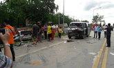 รถรับส่งนักเรียนชนประสานงาเก๋ง เจ็บ 22 สาหัส 2