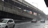 ไทยฝนตกต่อเนื่องเหนืออีสานใต้หนักกทม.60%