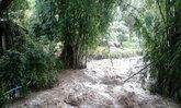 ลำปางฝนตกต่อเนื่องเกิดน้ำป่าไหลหลาก-ดินสไลด์