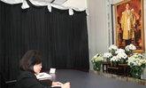 สถานทูตไทยตปท.แน่นแสดงความอาลัยในหลวง