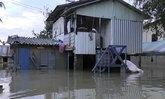 ตรังน้ำยังท่วม2อ. ชาวบ้านนอนถนน-พัทลุงเฝ้าระวังฝนซ้ำ