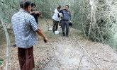 ผีหลอก ! สองชาวบ้านพบศพกลางป่า นำ จนท. ค้นหาแต่ไม่พบ ทว่ามีกลิ่นเน่าทำให้ต้องค้นหาต่อ