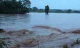 น้ำป่าหลากท่วมอ.ครบุรีโคราชนาข้าวจม100ไร่
