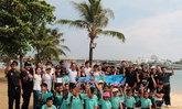 เด็กพังงากว่า300คนจิตอาสาเก็บขยะชายทะเล