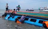เกิดเหตุเรือเร็วล่มนอกชายฝั่งเกาะบอร์เนียว ดับแล้วอย่างน้อย 8 ราย