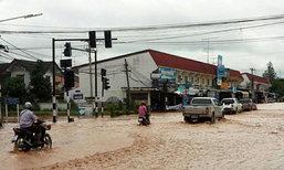 น้ำท่วมอ.ชนแดนเพชรบูรณ์สูง30ซม.