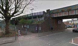 เด็กอังกฤษวัย 15 ปี ถูกข่มขืน โบกรถขอความช่วยเหลือ กลับถูกข่มขืนซ้ำ !
