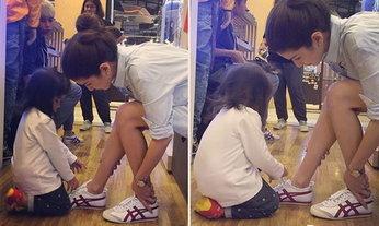 น่าเอ็นดู! น้องมะลิ พยายามผูกเชือกรองเท้าให้แม่โบว์ แวนดา