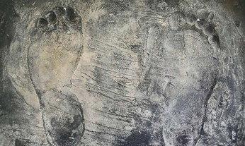 สุดปลาบปลื้ม! 'รอยพระบาทในหลวง' พระราชทานให้ชาวเชียงราย เมื่อปี 2525
