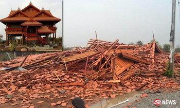 พายุถล่มโคราช ลมแรงพัดบ้านทรงไทยราคา 3 ล้าน พังเป็นซาก