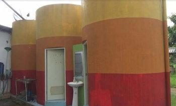 ไอเดียเจ๋งดัดแปลงแท้งค์น้ำเก่า เป็นห้องน้ำหรู