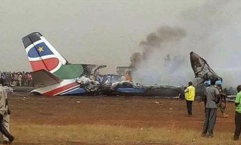 ปาฏิหาริย์! เครื่องบินตกที่เซาท์ซูดาน ผู้โดยสารรอดยกลำ