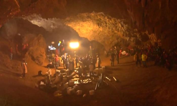 ผู้เชี่ยวชาญเริ่มวิเคราะห์สภาพชั้นหิน หาทางเจาะถ้ำหลวงช่วย 13 ชีวิต