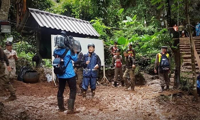 สื่อนอกเฝ้าเกาะติด ภารกิจช่วยเหลือ 13 ชีวิตติดถ้ำหลวง ชี้น้ำขังคืออุปสรรค