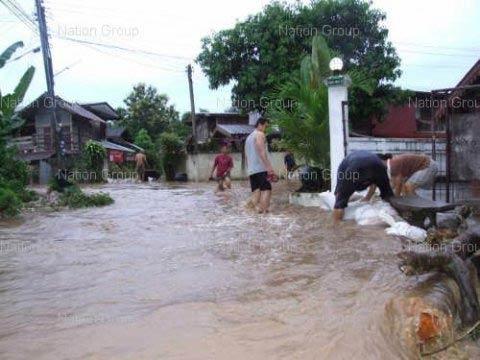 อุตุฯเตือนฉ.10 ฝนตกหนัก น้ำท่วมฉับพลัน