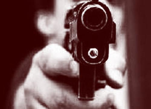 มือปืนบุกยิงบาร์ Cancun ตาย 7 เจ็บ 4