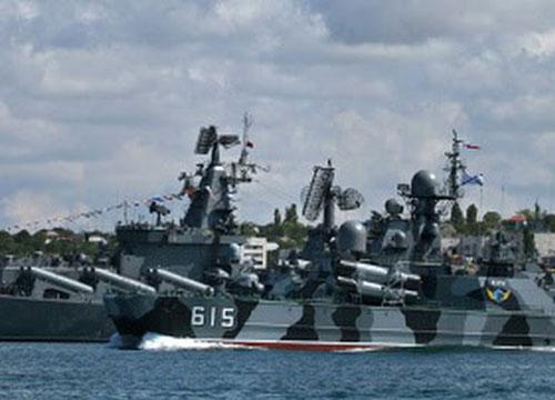 รัสเซีย ส่งเรือรบ 2 ลำ คุมเชิงสถานการณ์ซีเรีย