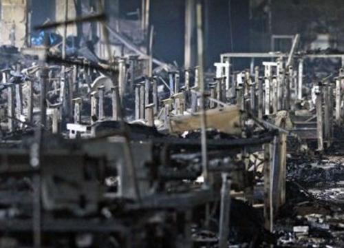 เหตุไฟไหม้โรงงานเย็บผ้ากรุงธากาดับ10ศพ