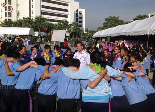 รอง ผบ.สส.เปิดงานวันเด็กกองทัพไทยคึกคัก