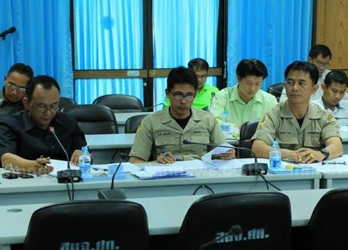 ปภ.ศรีสะเกษประชุมลดอุบัติเหตุสงกรานต์57