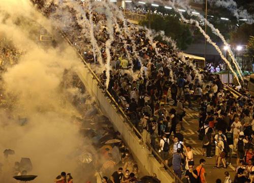 ม็อบฮ่องกงเตรียมเดินเท้าเข้าจีนหลังเจรจารัฐล้มเหลว
