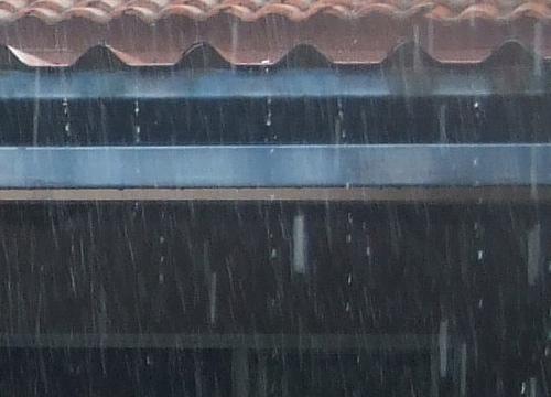ใต้ตอนล่างมีฝนถึงหนักมากเหนืออีสานตกฟ้าคะนองลมแรง
