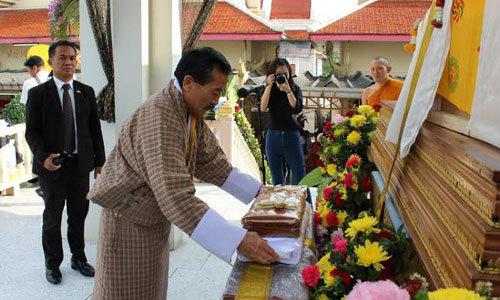ท่านทูตภูฏานเป็นประธานเผาศพ หญิงไทยตกเหว