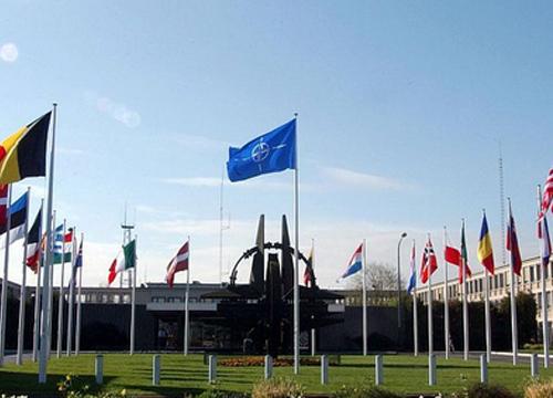 นาโต้มอบหมายกลุ่มยุโรปตะวันออกจัดทัพโต้รัสเซีย
