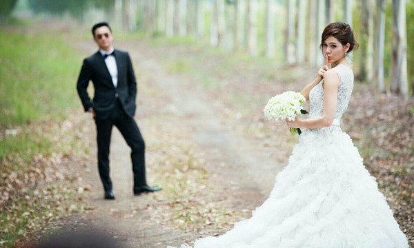 ชมพู่ อารยา จัดเต็มชุดแต่งงานราคาเหยียบล้าน