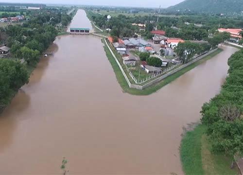 ลพบุรีสั่งเฝ้าระวังหมู่บ้านริมน้ำหลังระดับคลองสูงขึ้น
