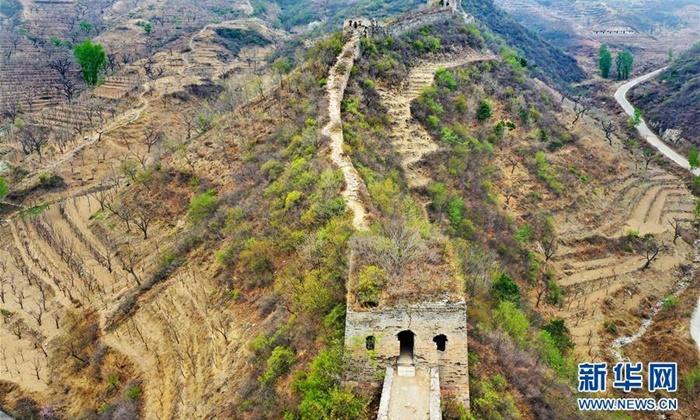"""สภาพยังสมบูรณ์ """"ชิงชานกวน"""" ด่านกำแพงเมืองจีนสมัยราชวงศ์หมิง"""