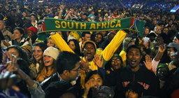 เปิดฟุตบอลโลก2010 ค่ำนี้ใช้นักร้องดัง