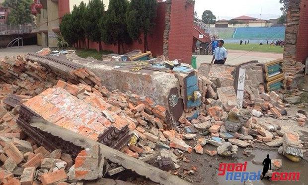 นักกีฬารอดหวุดหวิด! สนามกีฬาแห่งชาติเนปาล พังถล่ม จากเหตุแผ่นดินไหว